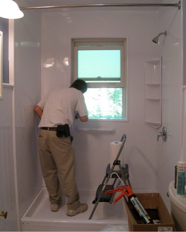 how to caulk a shower stall